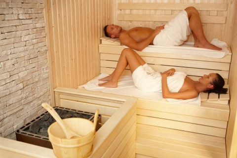 3 Ways in Which Sauna Baths Can Improve Your Health Picture