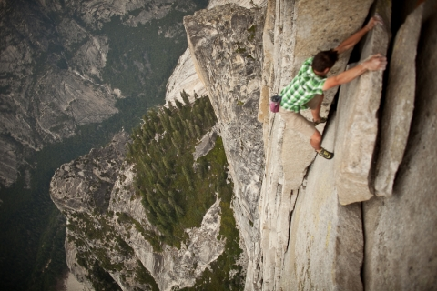 top-5-most-extreme-sports-picture5